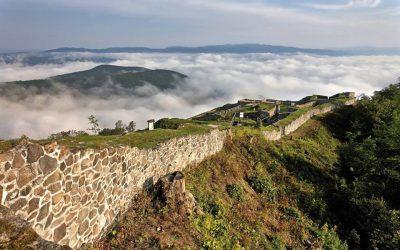 pusty hrad Albert mesto ZV_FB Centralslovakia